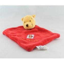 Doudou plat rouge étoile Winnie DISNEY BABY
