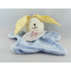 Doudou plat lapin bleu oreilles jaune bavoir DMC