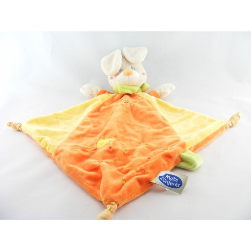 Doudou plat lapin orange jaune foulard vert MOTS D'ENFANTS