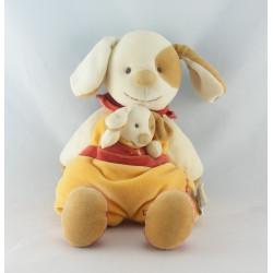 Doudou et compagnie semi plat Hugo chien jaune rouge avec bébé