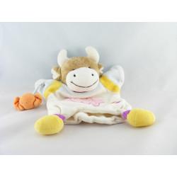 Doudou et compagnie marionnette vache blanc rose avec bonbons