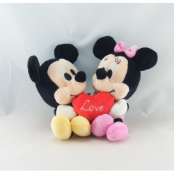 Doudou Baby Mickey bleu avec bavoir DISNEY
