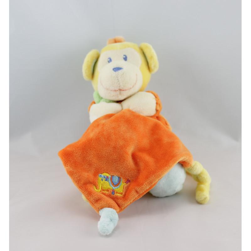 Doudou singe jaune orange vert avec mouchoir POMMETTE