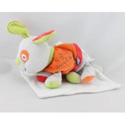 Doudou chien gris orange rouge vert mouchoir Cajou SUCRE D'ORGE