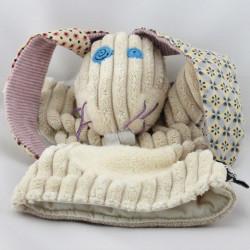 Doudou plat marionnette lapin beige LES DEGLINGOS