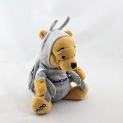 Peluche Winnie l'ourson déguisé en punais scarabé Collection Disney