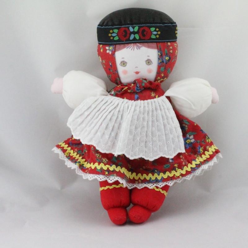 Ancienne poupée robe rouge fleurs tablier blanc COROLLE