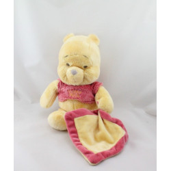 Doudou Winnie l'Ourson avec mouchoir jaune rouge DISNEY NICOTOY
