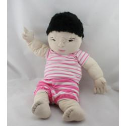 Doudou Poupée poupon asiatique tenue rose rayé IKEA