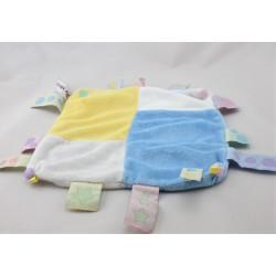 Doudou plat carré bleu jaune blanc rose étiquettes CMP REVE DE BEBEE