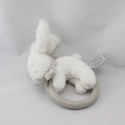 Doudou et compagnie hochet lapin blanc gris Bonbon