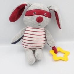 Doudou lapin gris rouge bleu masque étoile TAPE A L'OEIL