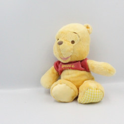 Doudou Winnie l'ourson satin DISNEY NICOTOY