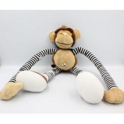 Doudou singe marron long bras et jambes rayures MOZAIC