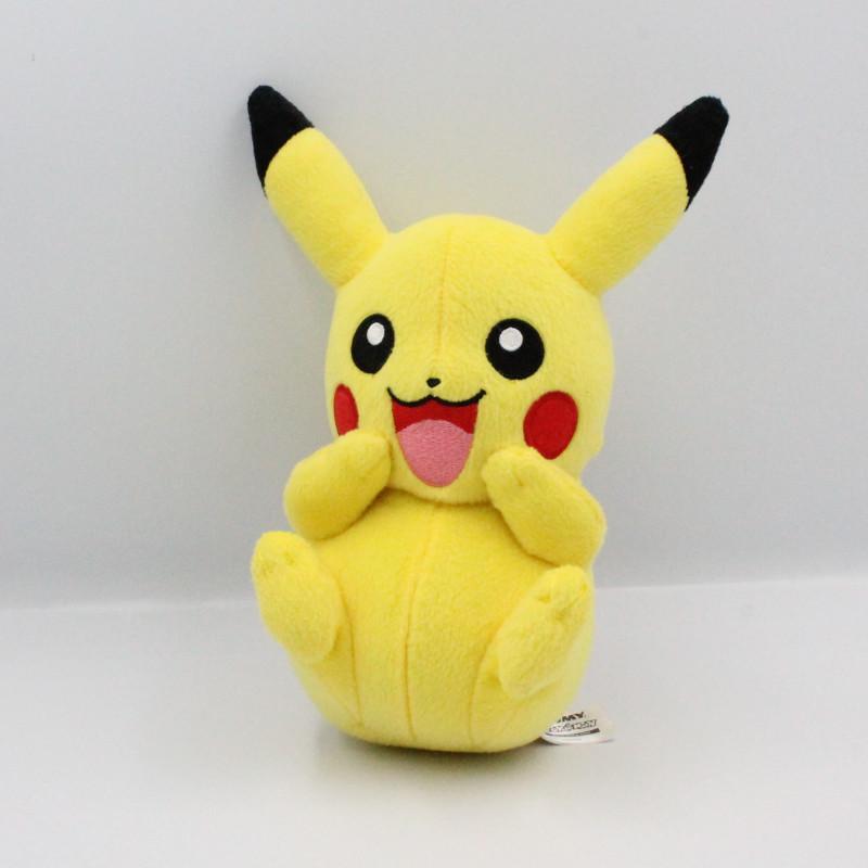Peluche Pikachu le Pokemon de Sacha TOMY 2017
