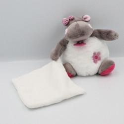 Doudou Hippopotame marron blanc rose Zoé mouchoir BABY NAT