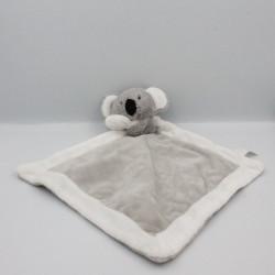 Doudou plat koala gris blanc