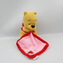 Doudou Winnie l'ourson mouchoir rose rouge DISNEY PTS