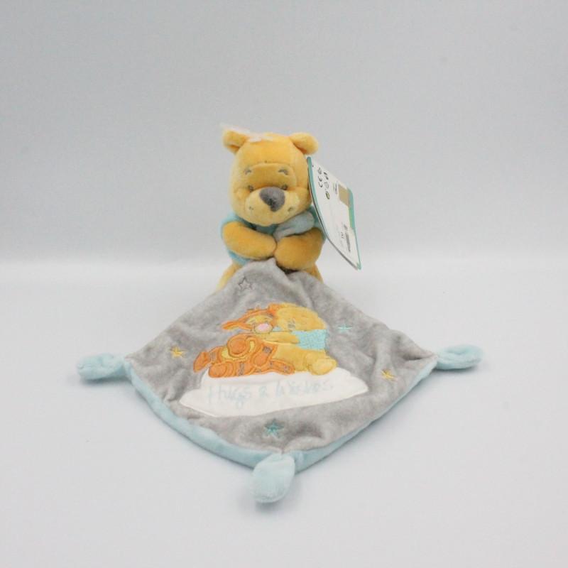 Doudou Winnie l'ourson avec mouchoir gris Hugs & Wishes DISNEY