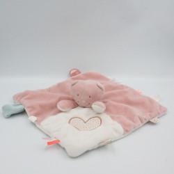 Doudou plat chat rose blanc coeur NOUKIE'S