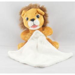 Doudou lion avec mouchoir CREDIT LYONNAIS