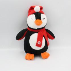 Doudou pingouin noir blanc bonnet écharpe rouge AUGUSTA
