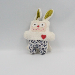 Doudou lapin blanc vert bleu fleurs coeur