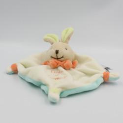 Doudou et compagnie plat lapin blanc bleu vert orange