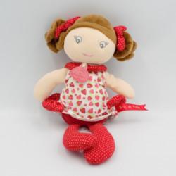 Doudou et compagnie poupée rouge fraises Les Demoiselles Brin de Folie