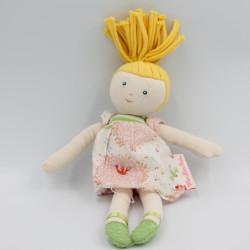 Doudou poupée blonde robe fleurs rose oiseaux MOULIN ROTY