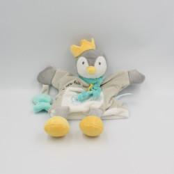 Doudou marionnette pingouin gris blanc bleu poisson BABY NAT