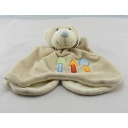 Doudou plat marionnette ours beige arbres brodés KIABI