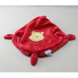 Doudou plat étoile rouge Winnie DISNEY BABY