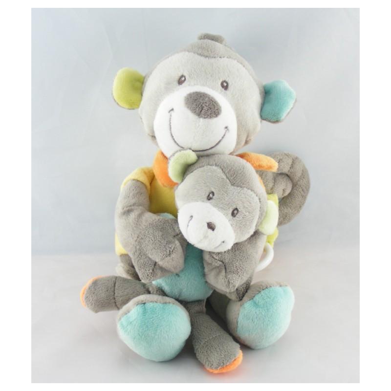 Doudou musical  singe gris pull jaune avec bébé NICOTOY