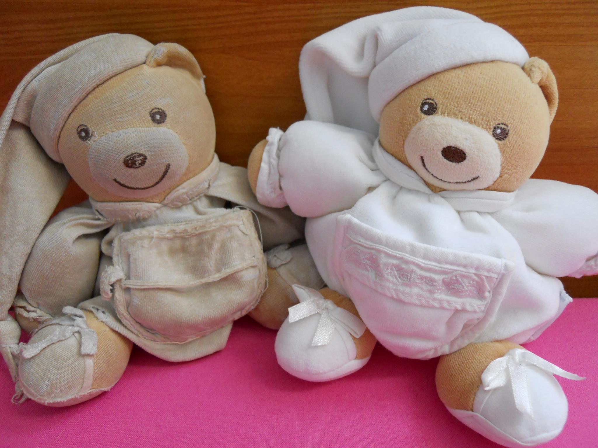 doudou ours Kaloo Dragées usé et son jumeau 4.jpg